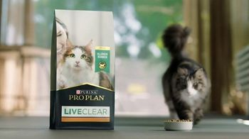 Purina Pro Plan LiveClear TV Spot, '10 Years in the Making' - Thumbnail 4