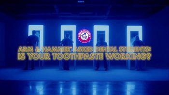 Arm & Hammer Complete Care TV Spot, 'Dental Students Under the Black Light'