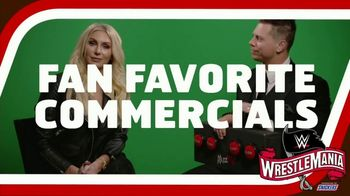 Snickers TV Spot, 'WWE: comerciales favoritos' con Charlotte Flair, Gregory Mizanin [Spanish] - 3 commercial airings
