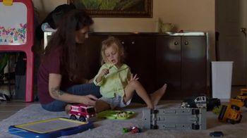 Feeding America TV Spot, 'Real Stories of Hunger: DeAdra' - Thumbnail 6
