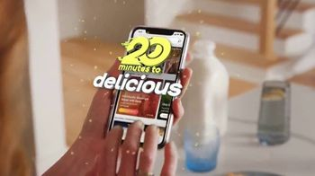 Food Network Kitchen App TV Spot, 'Stuck at Home: 20 Minutes to Delicious' - Thumbnail 3