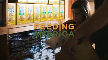 Feeding America TV Spot, 'Disney: Feed the Love' Ft. Jimmy Kimmel, Michael Strahan, Emily Tosta - Thumbnail 7