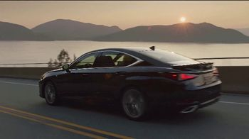 2020 Lexus ES TV Spot, 'I Got It' [T2] - Thumbnail 7