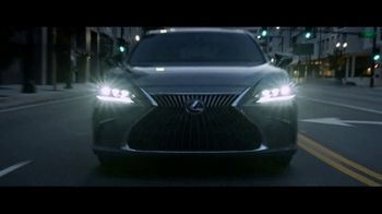 Lexus ES TV Spot, 'Why Bother' [T1] - Thumbnail 5