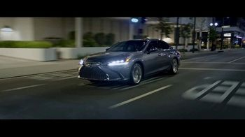 Lexus ES TV Spot, 'Why Bother' [T1] - Thumbnail 6