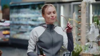 Kim Crawford Wines TV Spot, 'Marketplace' Song by LOLO