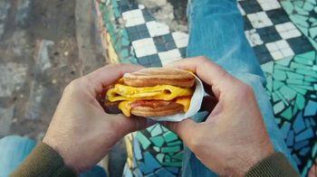 McDonald's TV Spot, 'Más que desayuno' [Spanish] - Thumbnail 3