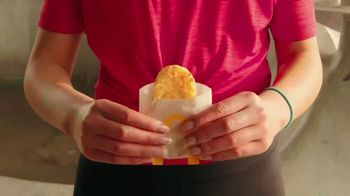 McDonald's TV Spot, 'Más que desayuno' [Spanish] - Thumbnail 7