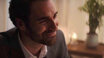 Ritz Crackers TV Spot, 'The Show' canción de Anthony Hinnigan, Michael Norton [Spanish]
