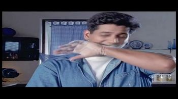 House of Spices Chappati Flour TV Spot, 'Mother and Son' - Thumbnail 4