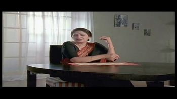 House of Spices Chappati Flour TV Spot, 'Mother and Son' - Thumbnail 6
