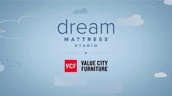 Value City Furniture Dream Mattress Studio Fourth of July Sale TV Spot, '20% Off' - Thumbnail 10