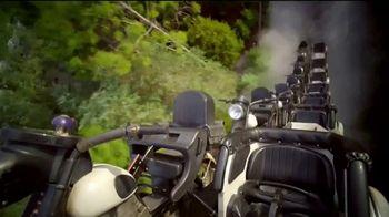 Universal Orlando Resort TV Spot, 'No es lo mismo sin ti' [Spanish] - Thumbnail 3