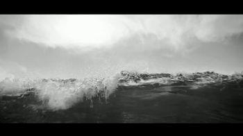 Giorgio Armani Acqua Di Giò Profondo TV Spot, 'La nueva intensidad' canción de KALEO [Spanish] - Thumbnail 4