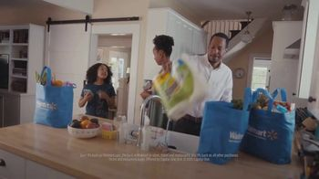 Capital One Walmart Rewards Card TV Spot, 'Science Fair' - Thumbnail 5