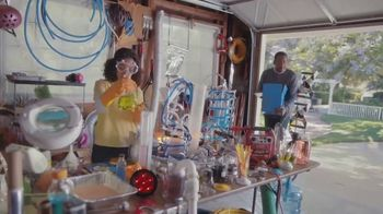 Capital One Walmart Rewards Card TV Spot, 'Science Fair' - Thumbnail 6