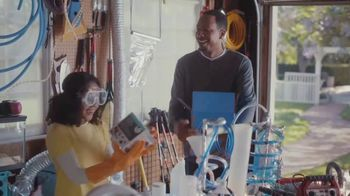 Capital One Walmart Rewards Card TV Spot, 'Science Fair' - Thumbnail 7