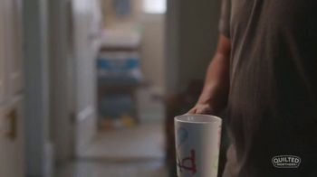 Quilted Northern TV Spot, 'Comfort: Dad' - Thumbnail 4