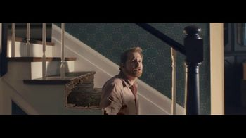 RE/MAX TV Spot, 'Stairs: Guide' - Thumbnail 4