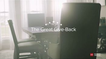 Value City Furniture The Great Give-Back TV Spot, 'Every Moment: Three months Payment Give-Back' - Thumbnail 5