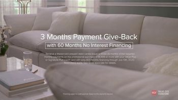 Value City Furniture The Great Give-Back TV Spot, 'Every Moment: Three months Payment Give-Back' - Thumbnail 7