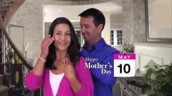 Jewelry Exchange TV Spot, '2020 Mother's Day: Pendants, Rings and Studs' - Thumbnail 1