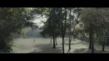 Milk-Bone TV Spot, 'Goldfish Jogging' - Thumbnail 3
