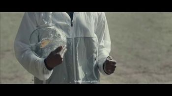 Milk-Bone TV Spot, 'Goldfish Jogging' - Thumbnail 5