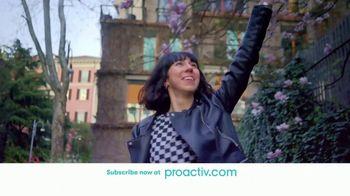 Proactiv TV Spot, 'DR Launch Triple Brush (60s En - E)' - Thumbnail 6
