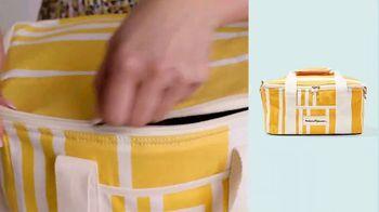 FabFitFun Summer Box TV Spot, 'Eight Amazing Products' - Thumbnail 6