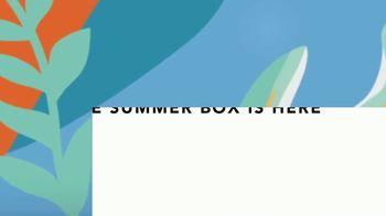 FabFitFun Summer Box TV Spot, 'Eight Amazing Products' - Thumbnail 9