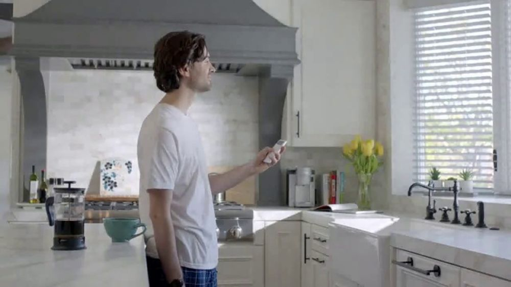 Budget Blinds Smart Home Collection TV Commercial, 'Never Gets Old'
