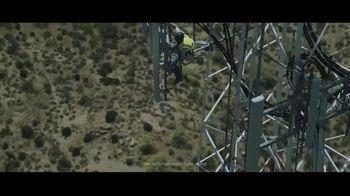 Verizon TV Spot, 'Stand Up' - Thumbnail 4