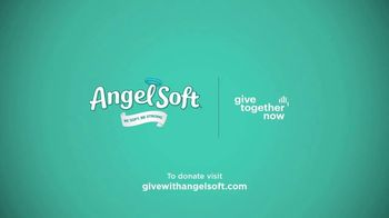 Angel Soft TV Spot, 'Give Together Now' - Thumbnail 10