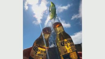Corona TV Spot, 'Find Your Together. Find Your Joy.' Song by Wilco - Thumbnail 5
