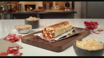 Taco Bell Grilled Cheese Burrito Box TV Spot, 'Grilled on Top' - Thumbnail 1