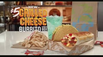 Taco Bell Grilled Cheese Burrito Box TV Spot, 'Grilled on Top' - Thumbnail 6