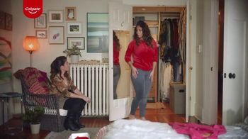 Colgate Optic White Renewal TV Spot, 'Jeggins' [Spanish]