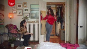 Colgate Optic White Renewal TV Spot, 'Jeggins' [Spanish] - Thumbnail 7