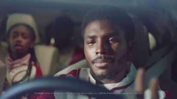 2020 Toyota Highlander TV Spot, 'Home Team' Featuring James Robinson [T1] - Thumbnail 2