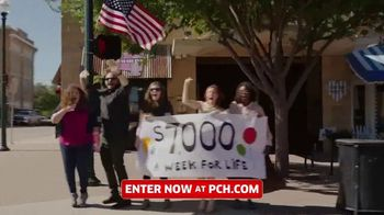 Publishers Clearing House TV Spot, 'Can't Believe It' Featuring Terry Bradshaw - Thumbnail 7
