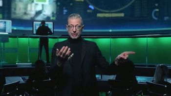 Apartments.com TV Spot, '110 Percent' Featuring Jeff Goldblum - Thumbnail 7