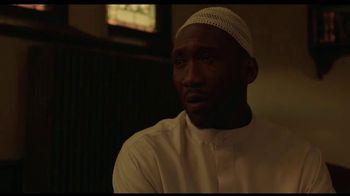 Hulu TV Spot, 'Ramy' Song by Khruangbin - Thumbnail 8