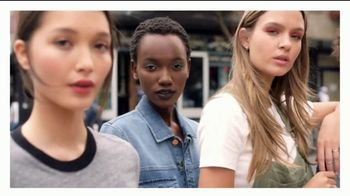 Maybelline New York Fit Me! Matte + Poreless Foundation TV Spot, 'Encuentra tu Fit' [Spanish] - Thumbnail 1
