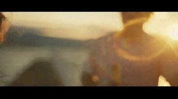 Michelob ULTRA Pure Gold TV Spot, 'Lake' - Thumbnail 6
