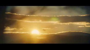 Michelob ULTRA Pure Gold TV Spot, 'Lake' - Thumbnail 8