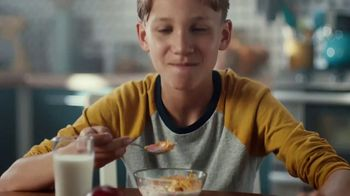 Frosted Flakes With Marshmallows TV Spot, 'Mission Tiger' - Thumbnail 2