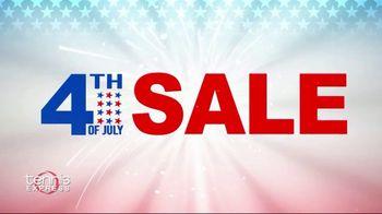 Tennis Express 4th of July Sale TV Spot, 'Extra Savings: Shoes, Apparel, Rackets & Tees' - Thumbnail 2