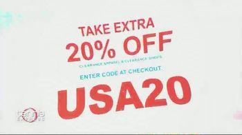 Tennis Express 4th of July Sale TV Spot, 'Extra Savings: Shoes, Apparel, Rackets & Tees' - Thumbnail 3