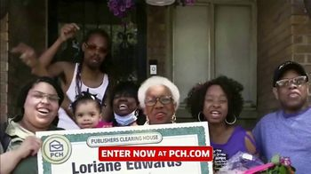 Publishers Clearing House TV Spot, 'Headed Your Way: $7,000 a Week for Life' Feat Terry Bradshaw - Thumbnail 3